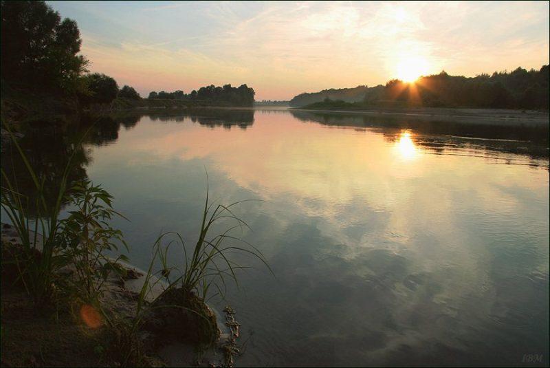 Река Десна Yurka96_[Public domain]_Wikimedia Commons https://commons.wikimedia.org/wiki/File%3ADesna_River_2.jpg